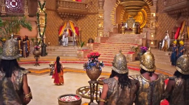 Кадр Махабхарата Амба в тронном зале