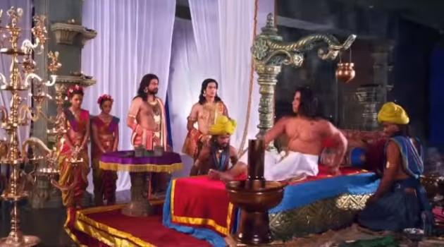 кадр Махабхарата Дхритараштра вскочил с ложа
