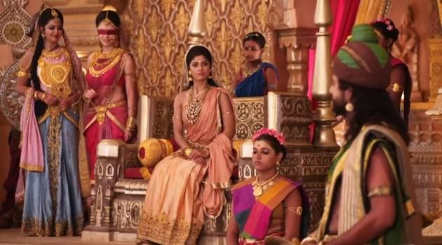 кадр Махабхарата царская семья