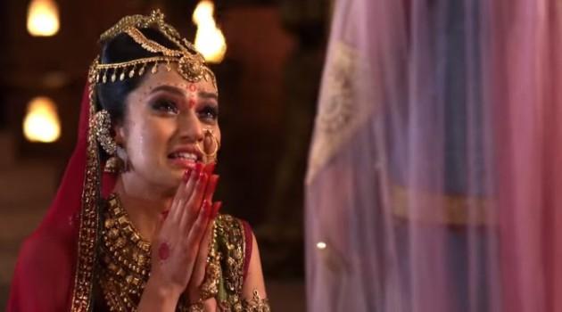 кадр Махабхарата Принцесса Мадри просит прощения